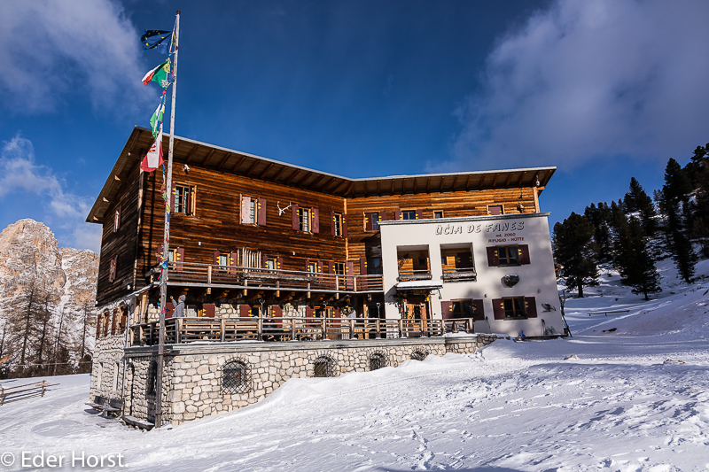 Schneeschuhtour in der Fanesgruppe  – Südtirol.