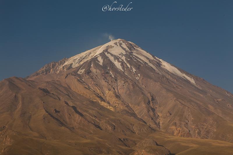Iran….Damavand 5761m Höchster Berg Iran..
