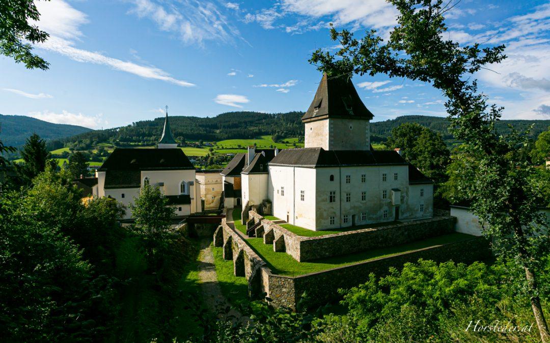 Schloss Pöggstall in Niederösterreich…